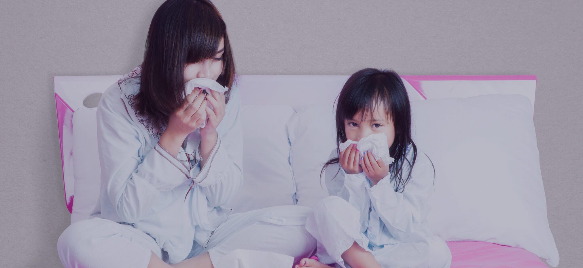 V1-Momclone-Moms-dont-get-Sick-mother-and-child-wiping-noses