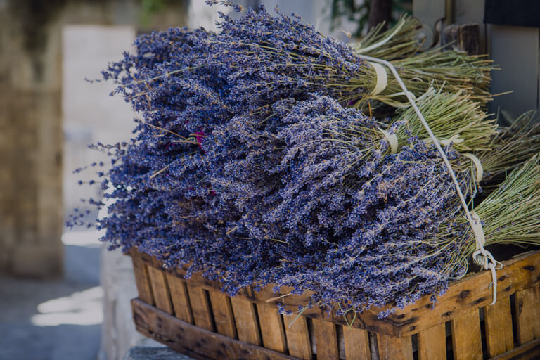 MomClone-gift basket ideas for raffles and silent auctions lavender